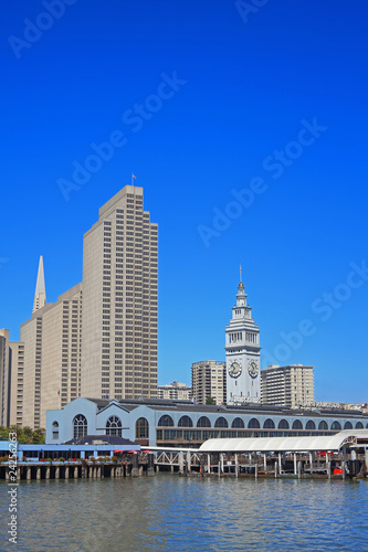 Foto op Canvas Dubai A View of San Francisco Waterfront