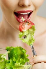 Fototapeta Do gabinetu lekarskiego/szpitala eating healthy food