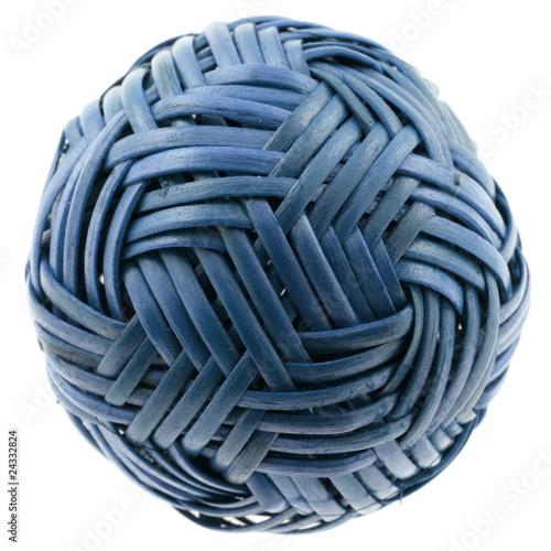 Boule Decoration.Boule En Raphia Bleu Décoration Sapin De Noël Fond Blanc