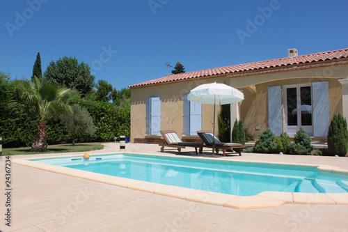 Fotografie, Obraz  Villa avec piscine