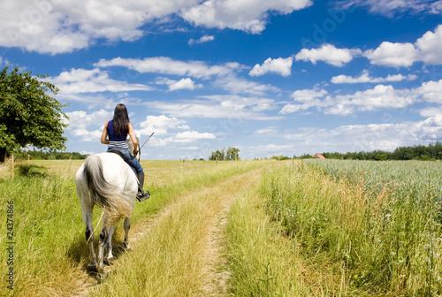 Photo equestrian on horseback