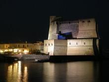 Castel Dell Ovo - Napoli Campa...