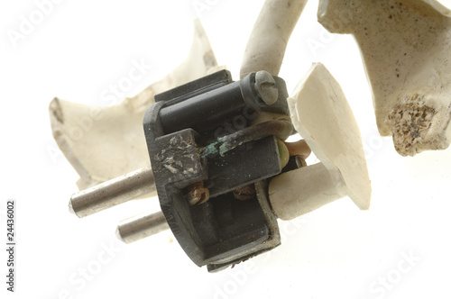 Valokuva  Stromstecker defekt verschmort