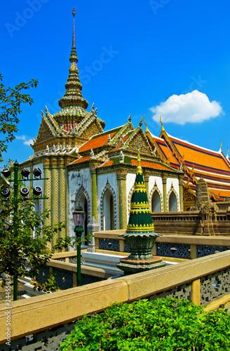 In de dag Illustratie Parijs Bangkok