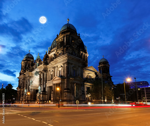 Photo Stands Full moon the Berliner Dom in the night in Berlin