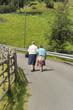 passeggiata anziani