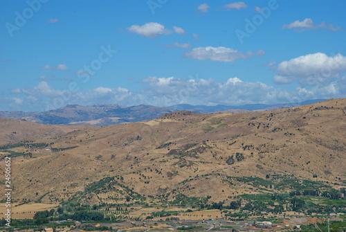 Fényképezés  panorama da adrano verso centuripe