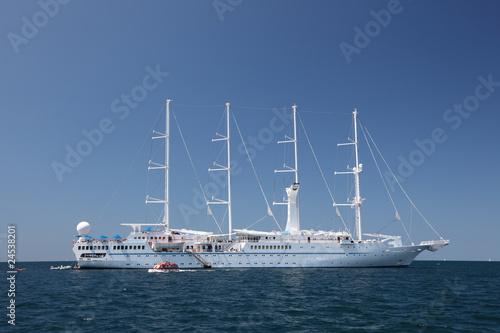 Poster Zeilen Modern sailing ship