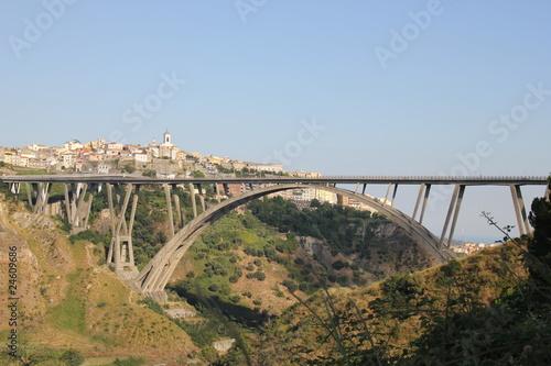 Poster Bridges catanzaro - viadotto Morandi