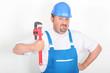 Portrait d'un ouvrier avec outil sur fond blanc