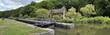 canvas print picture - écluse, canal du Nivernais, France