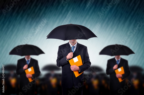 Fotografía  Businessmen in rain