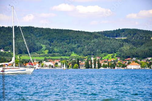 Segelboot Am Bodensee Kaufen Sie Dieses Foto Und Finden Sie