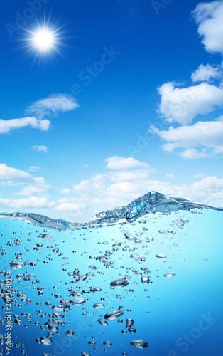 pecherzyki-powietrza-unosza-sie-z-dna-oceanu-na-powierzchnie