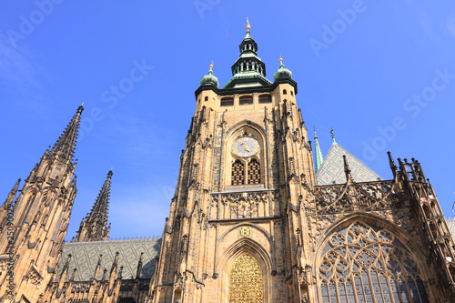 Staande foto Praag Beautiful gothic St. Vitus' Cathedral on Prague Castle