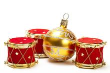 Goldene Christbaumkugel Und Christbaumschmuck In Trommelform