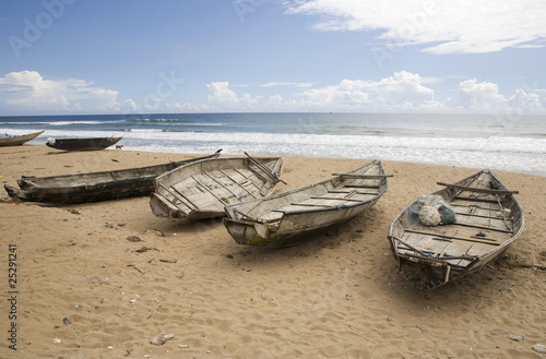 Fototapeta Fishing boats on the beach in Gopalpur on-Sea, Orissa, India.