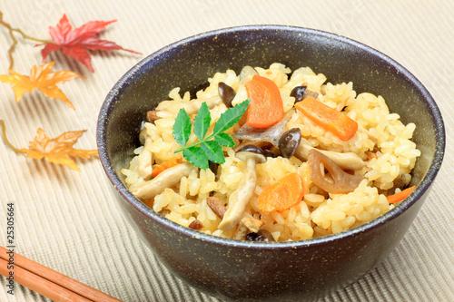 Photo  Japanese food(takikomi gohan)