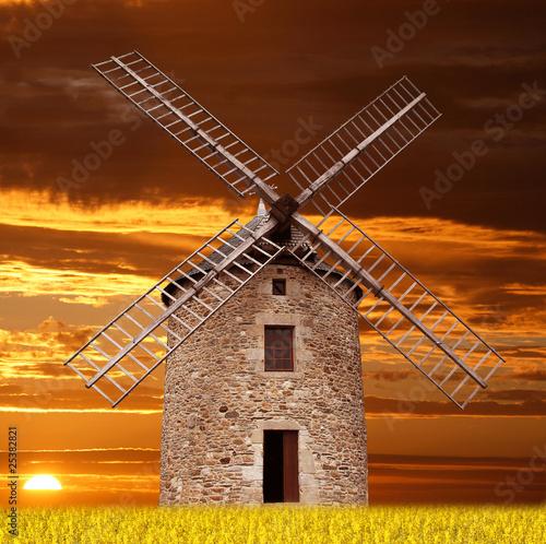 Papiers peints Moulins antico mulino al tramonto