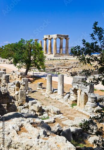Fotografia, Obraz Ruins of temple in Corinth, Greece