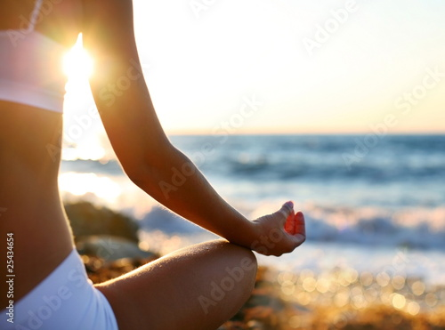 Plissee mit Motiv - meditation on the beach