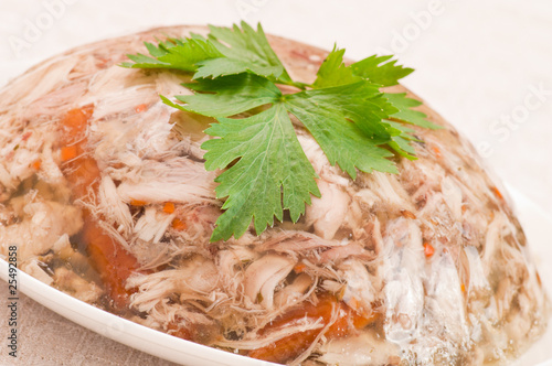 Photo Decorated aspic with chicken meat