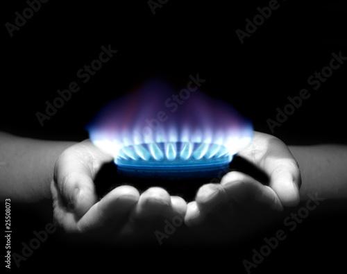 Cuadros en Lienzo gas in hands