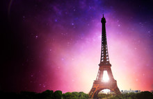 Eifel Tower Milky Way - Paris ...