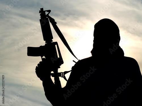 Fotografía  Silhouette of soldier