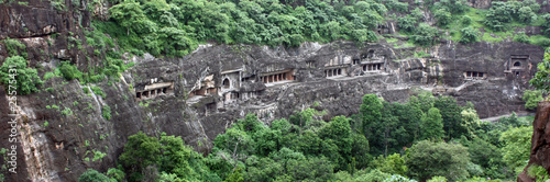 La pose en embrasure Kaki India - Ajanta caves