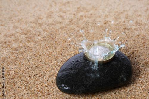 Photo sur Toile Zen pierres a sable Zen Garden and Euro drop collision