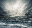 canvas print picture - Big ocean wave breaking the shore