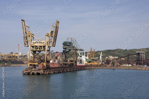 Foto op Canvas Rotterdam Piombino - Porto industriale