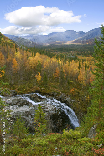 Fototapety, obrazy: Falls among the northern mountains