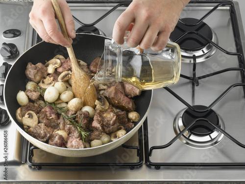 cuisson à la poêle de champignon et de viande Canvas Print