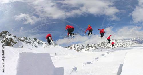 Fényképezés Skiing in snowpark
