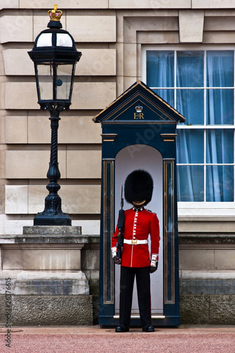 Canvas Print buckingham palace solider