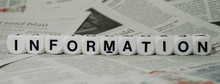 Information, Mit Zeitungshinte...
