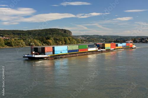Fotografia  Binnenschiff auf Rhein