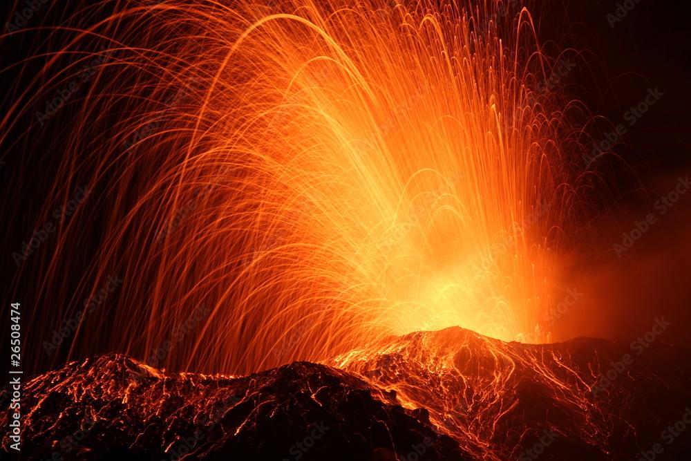 Poster Volcan Eruption Of The Volcano Stromboli Nikkelart Be