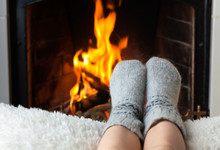 Children's Feet Are Heated In ...