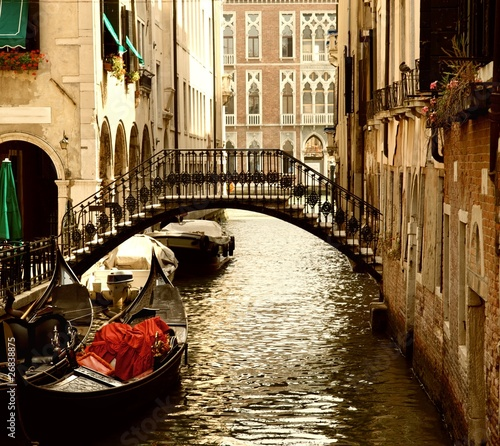 Foto op Plexiglas Venetie Traditional Venice gandola ride