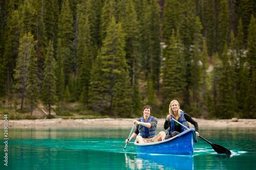 Couple Portrait in Canoe Fototapeta