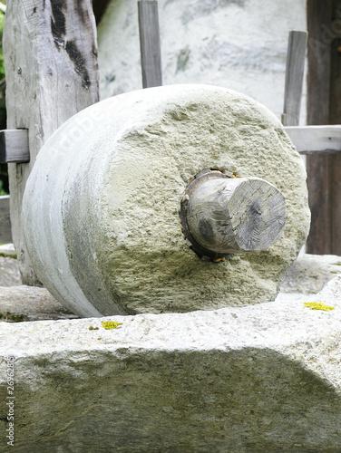 Fényképezés  meule en pierre
