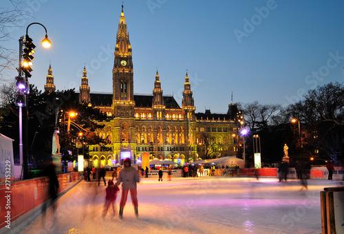 Tuinposter Wenen Eislaufen in Wien 2