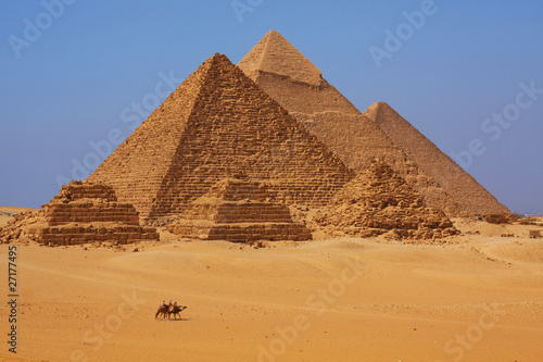 Tuinposter Egypte The Pyramids at Giza in Egypt