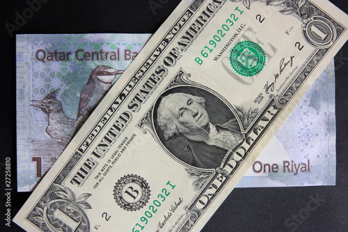 Dollar Et Riyal