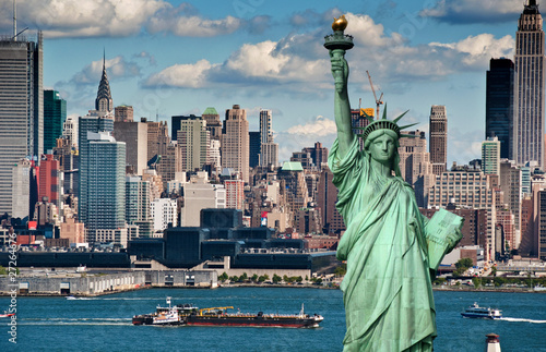 Poster New York tourism concept for beautiful new york city skyline