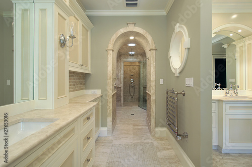 Fototapeta Master bath with arched shower entry obraz na płótnie