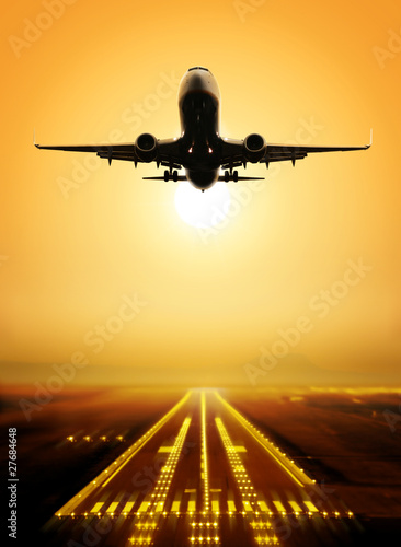 take-off runway Canvas Print
